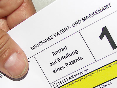 Hand Patent Patentanmeldung Papier Formular
